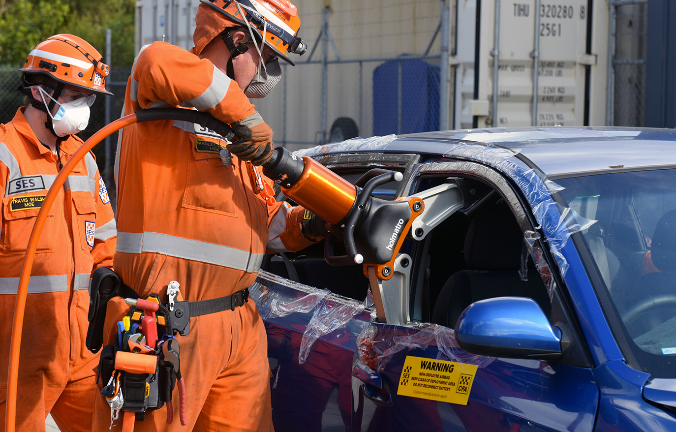 Moe SES unit controller, Brad Henry demonstrates the jaws of life. Photograph // Liam Durkin